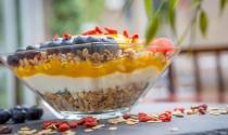 Vitality-Breakfast-granola-bowl