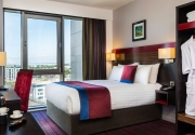 clayton-hotel-cardiff-king-room
