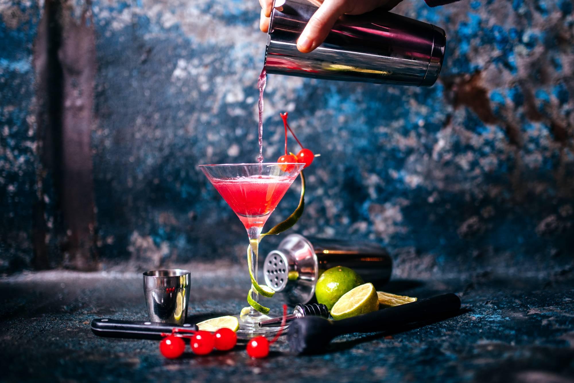 5 Cocktail Bars in Car...Unicorn Blood Clone